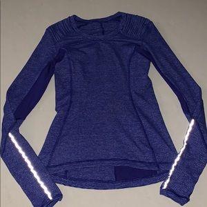 Lululemon long sleeve top size 4